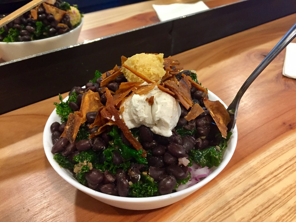 Kale black bean bowl from Pixie Retreat