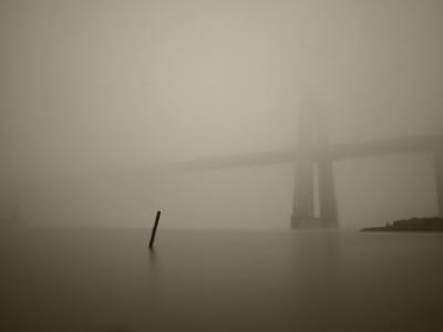 Luís Barreira  Ponte Vasco da Gama, 2015  série:    P onte Vasco da gama    fotografia digital