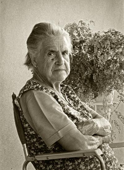Luís Barreira  Felisbela Faceira (1899-1989) - Vidago, 1985  [avó paterna]  Fotografia  Gelatin-Silver Print  Série:    ALBUM