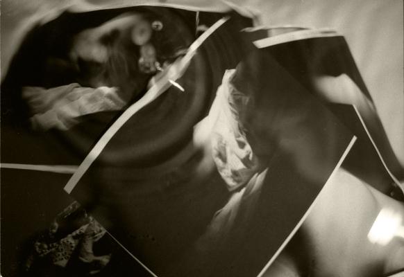 """Luís Barreira  """" work in progress """" - banho, 1991  Fotografia  Gelatin-Silver Print  série:  revelação*"""
