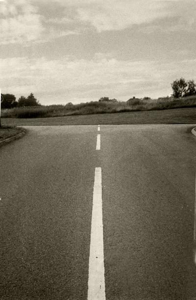 Luís Barreira  dashed line, yorkshire, 1987  Fotografia  Gelatin Silver print