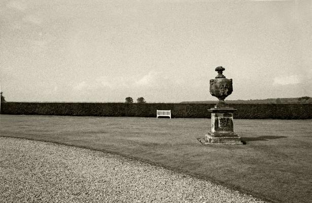 Luís Barreira Castle Howard, Gardens, 1987 Fotografia Gelatin Silver print série: arquivo:F_041_517, 1987
