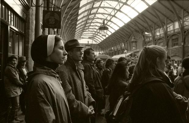 Luís Barreira Covent Garden, London, 1988 Fotografia Gelatin Silver print