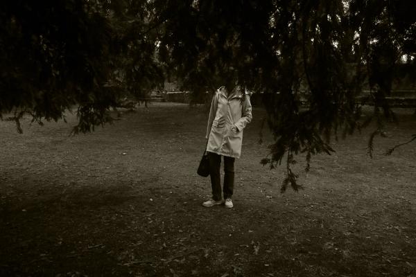 Luís Barreira walkink in the park, 2016 fotografia série:street photography arquivo: 11_3251,2016