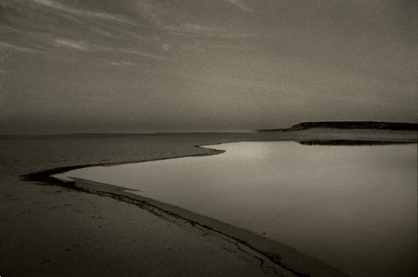 Luís Barreira  Lagoa de Óbidos, 1991  Fotografia  Gelatin Silver print  série:   Landscapes    arquivo:F_110_6771, 1991