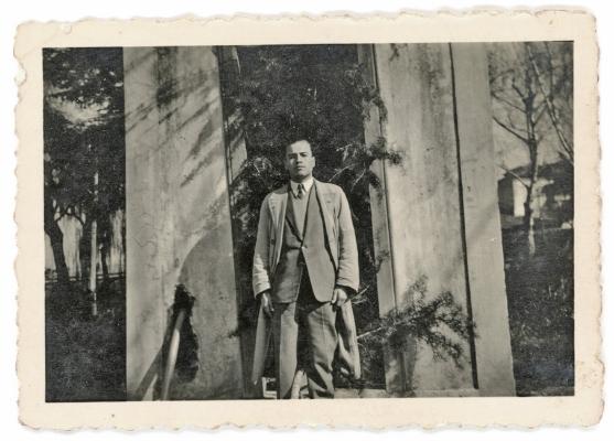 Luís Barreira - Pai  (aos 19 anos) Jardim Público, Chaves, 22/02/1948