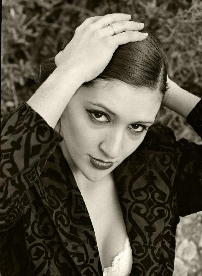 Luís Barreira  Susana, 98  Fotografia  Gelatin Silver print  serie:  portraits   arquivo:1998_FOLIO_356_8738