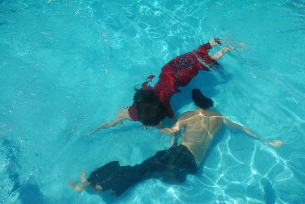 Luís Barreira  Swimming pool - Duarte e Ana  Tróia, 2009  Fotografia  serie:  arquivo:07_20_NIK_0149, 2009