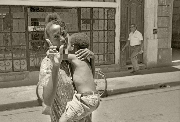 Luís Barreira Havana, 1997 Fotografia Gelatin Silver print Exposição na Galeria Imargem - Almada, 1999 Publicação em Livro (Depósito Legal 144 759/99) arquivo: F_311_7249, 1997