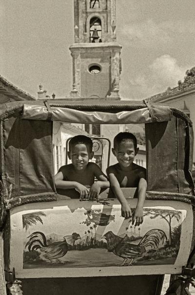 Luís Barreira Cuba, 1997 Fotografia Gelatin Silver print Série: CUBA'97 Exposição na Galeria Imargem - Almada, 1999 Publicação em Livro (Depósito Legal 144 759/99) arquivo:F_313_7329, 1997
