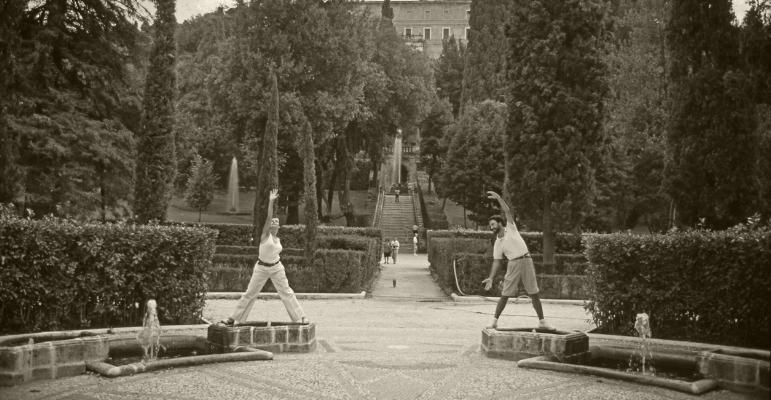 Fátima Vaz & Luís Barreira   Villa D'Este, 1990  Série: ROMA'90  Foto: Artur Amaro  arquivo: SLIDE_21734, 1990