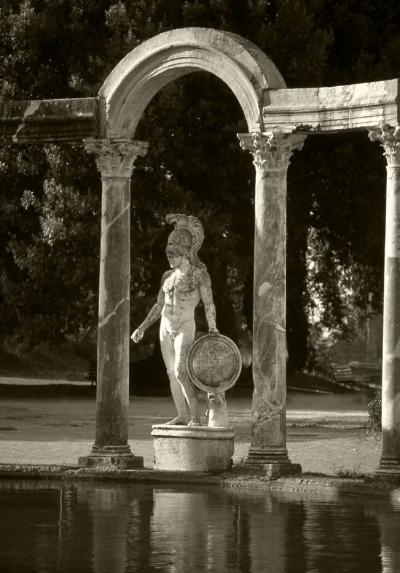 Luís Barreira  Marte  Villa Adriana, 1990  Roma  Série: ROMA'90  Fotografia  Diapositivo  arquivo:SLIDE_20521, 1990