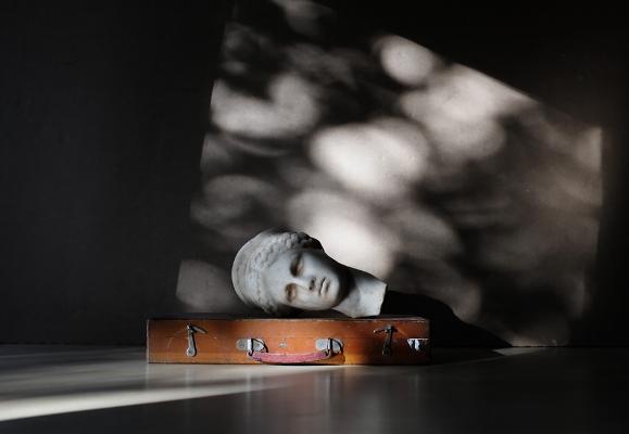 """Luís Barreira  """"A mala de Pandora"""", 2018  série: Still Life  Fotografia  arquivo:2018_01_27_DSCF4942"""