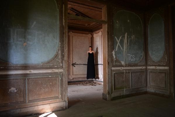"""Luís Barreira  """"paisagens habitadas"""" I, 2018  série: La Femme  Fotografia  arquivo:2018_08_08_DSCF4371"""