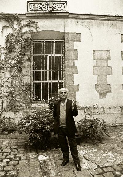 Manuel Cargaleiro by Luís Barreira  Paris, 1989  série: portraits  Fotografia  Gelatin Silver print  arquivo: 1989_FOLIO_067_6142