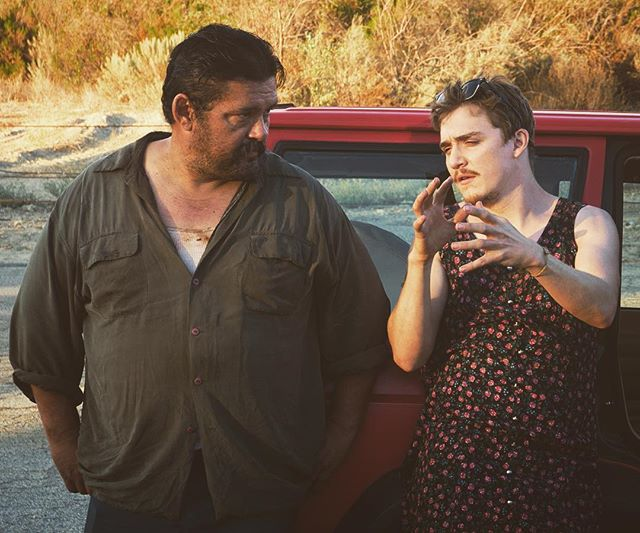 Kyle Gallner (in street clothes) explains to Danny Mora how IMDB voting works and that it would be great to get some 9's to combat the bitter, male over 45 vote. #bandofrobbers