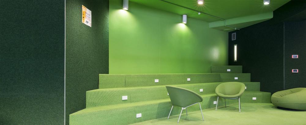 No. 3 U.T.S. green