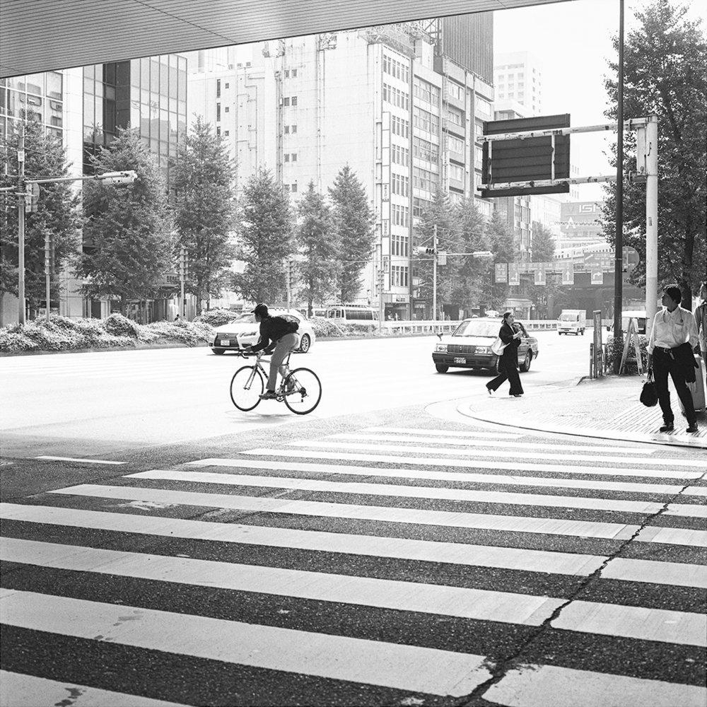 31.10.16 Shinbashi, Tokyo , 2016 Archival photographic print framed* 42 x 42 cm