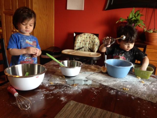 boys baking.jpg