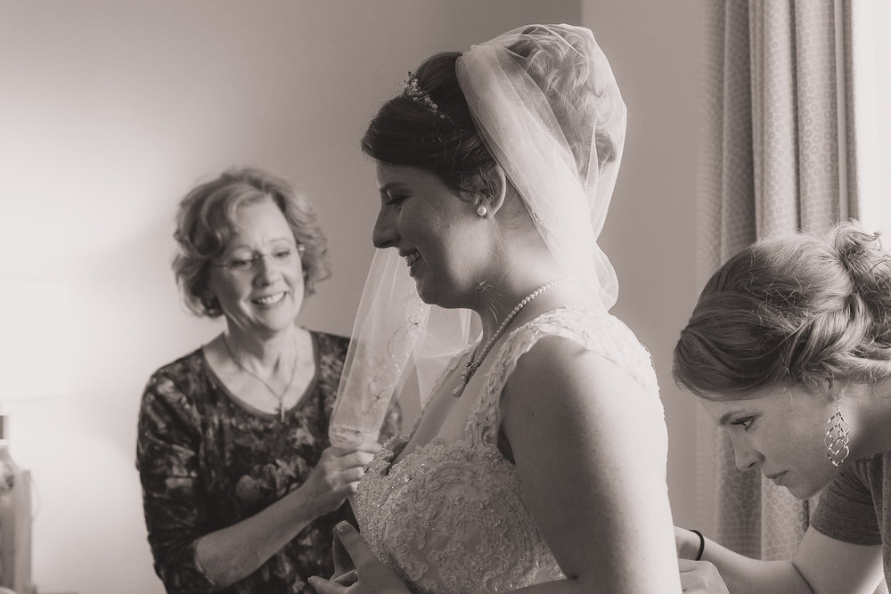 Bride and Mom preparations