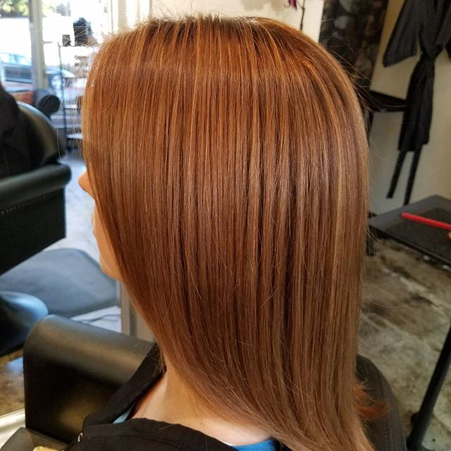 Color Specialist Todd Sterling Brown did a warm base color with amber golden highlights on his brunette client.  Warmth and softness was the goal.  This is when highlighting doesn't just have to be blonde. @schwarzkopfusa @redkenofficial #beauty #color #hair #brunettes #amberblonde #losangeles #studiocity #toddsterlingbrn #like4like #follow4follow