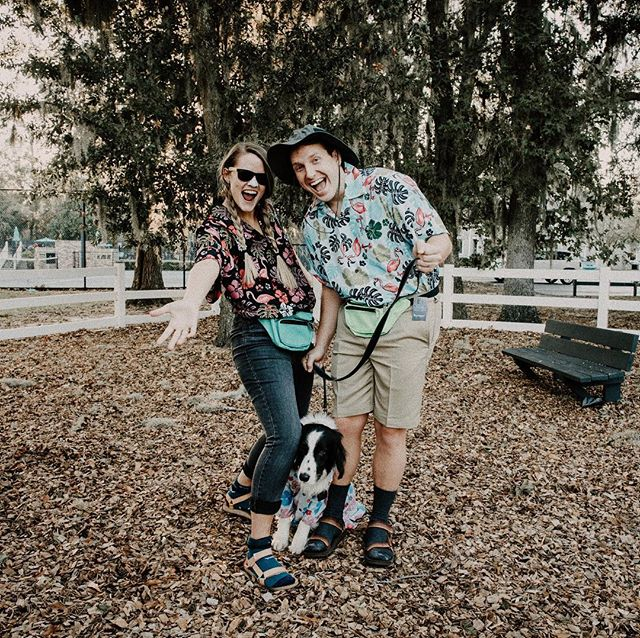TaCkY tOuRiSts Savannah style! (Also easiest costume we could think of) Happy happy Halloween! Yonah's just lovin' all that touristing stuff (peep his Hawaiian shirt 🙊) #happyhalloween