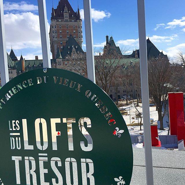 La terrasse avec la plus belle vue du Vieux-Québec! . . . #terrasse #terrace #vue #view #lesloftsdutresor #vieuxquebec #oldquebec #ruedutresor #chateaufrontenac