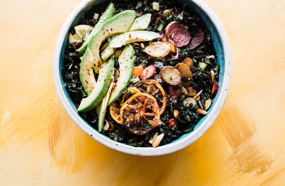 Kale & Carrots Detox Bowl (Vegan, Low-Carb)