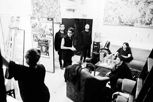 Pre - Show moment ⚪️⚫️ captured by @muperphoto #liveshow #moments #band #tgb #tamirgrinberg #Tamir