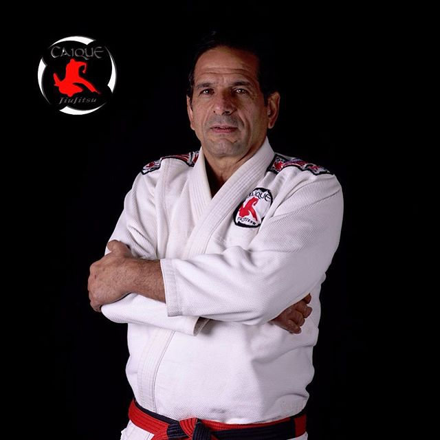 Register for professor Caique's seminar & BRING A FRIEND FOR FREE for the 3 day Jiu-Jitsu seminar. Don't miss this chance to learn from one of the best instructors in the world.  سجل في دورة الجيوجتسو للبروفيسور كاييكي و أحضر صديق مجاناً للمشاركة في الدورة كاملة لثلاثة أيام. لا تفوت الفرصة للتدريب مع أحد أشهر المدربين في العالم.  Visit us or call 22282135 between 2:00-10:00 pm for more information.  #sidekickacademy #bringit #kuwait #martialarts #jiujitsu #bjj #taekwondo #tkd #mma #health #fitness #sport #training #instaq8 #zerocompetition #proveit