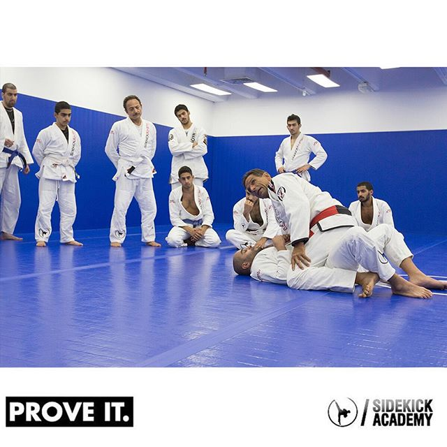 Last day to train with a legend of Jiu-Jitsu. Starting at 7:00 pm. Bring a friend for free.  آخر يوم للتدرب مع أحد مؤسسي الجيوجتسو. إبتداءً من الساعه ٧:٠٠ م، أحضر صديق مجاناً اليوم.  تفضلوا بزيارتنا أو الاتصال على ٢٢٢٨٢١٣٥ من الساعة ٢:٠٠ إلى ١٠:٠٠ م لمزيد من المعلومات. #sidekickacademy #bringit #kuwait #martialarts #jiujitsu #bjj #taekwondo #tkd #mma #health #fitness #sport #training #instaq8 #zerocompetition #proveit