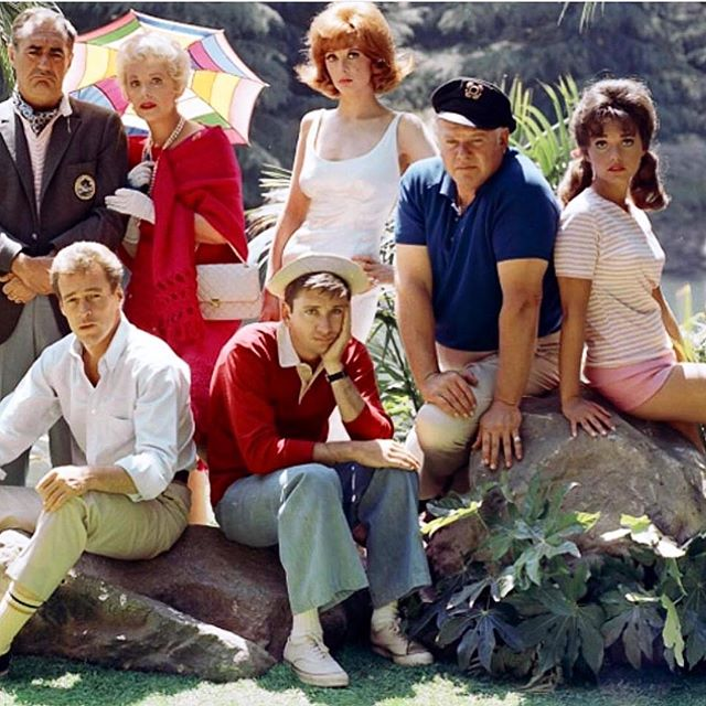 Great idea @tomsamet! With ❄️❄️❄️in the forecast, why not #relaxplaybehappy and watch #gilligansisland !🌴🌴🌴