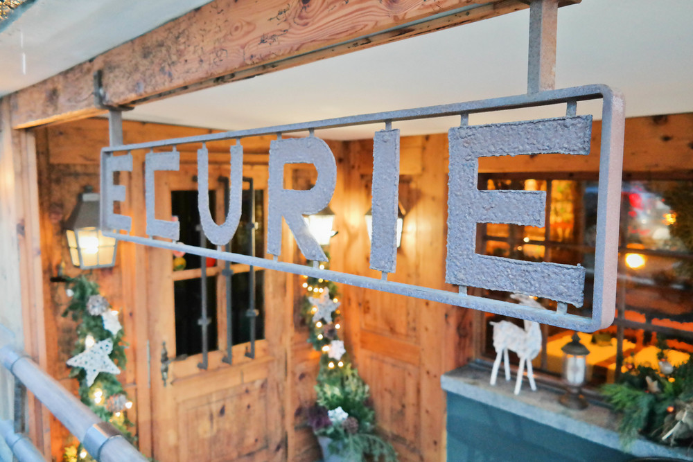 Where to eat Verbier Ecurie restaurant Switzerland