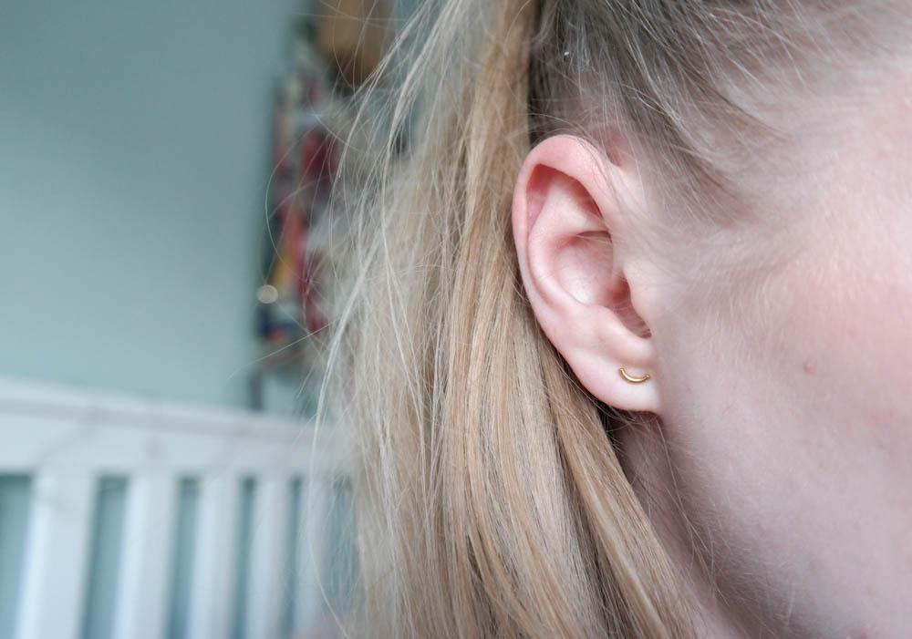 Pick A Twig gold minimalist earrings