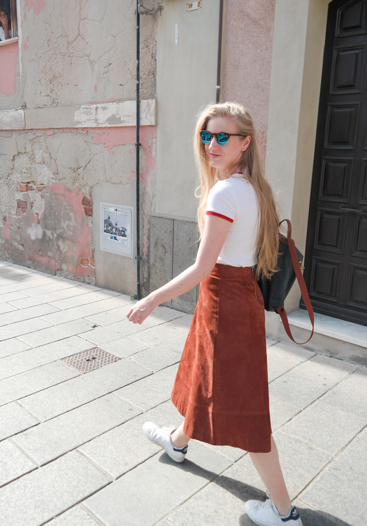 Suede midi skirt from Love Retro in Cagliari Sardinia