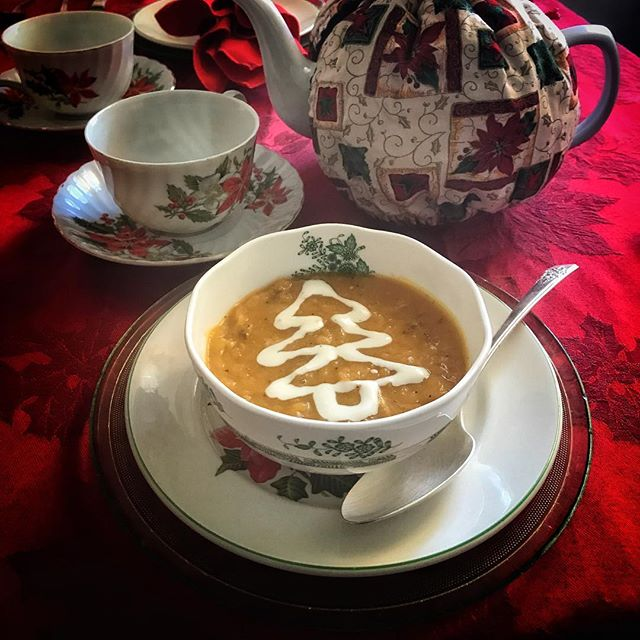 It's back!!! Our holiday soup Butternut Squash with Italian Sausage and Fresh Sage! It's only available through the holiday season, so if you haven't tried it now is the time!! #twoatea #holidays #yummy #butternutsquashsoup #teatime #delicious #holidayfavorites