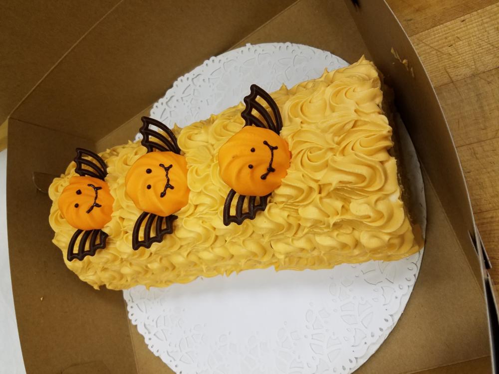 pumpkin mousseline roll cake.png