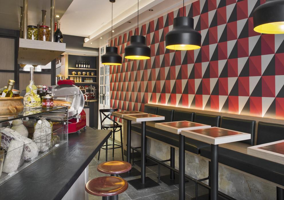 Le Comptoir - Pensé autour du comptoir éponyme, lieu par excellence de plaisirs et d'échanges, Comptoir Gourmet est un lieu privilégié conçu autour et pour ceux qui partagent un même état d'esprit d'ouverture et de partage.
