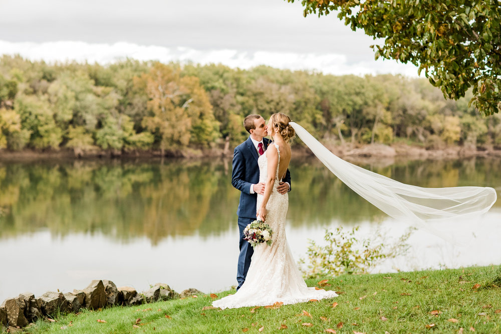 DON'T: Settle for a mediocre photographer. Your memories of your wedding details will sadly fade away but you will ALWAYS have photos to look back on. So they better be good. Thanks Paperbird Photography!