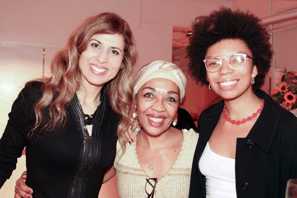 Art Exhibition in New York to raise Funds for Mozambique - Click here to read the full article
