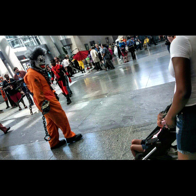 How to scar your kids for life. #animazement #az #killerclown #cosplay