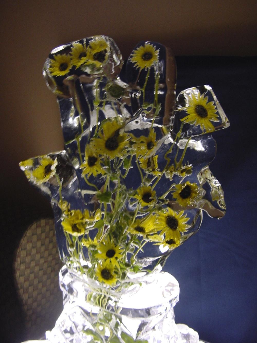 8-31-02 Ice Flower & Vase 5.jpg