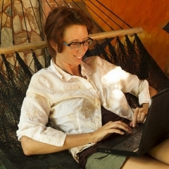 """""""4 ways to have a fabulous staycation at work"""" quirkydaily"""