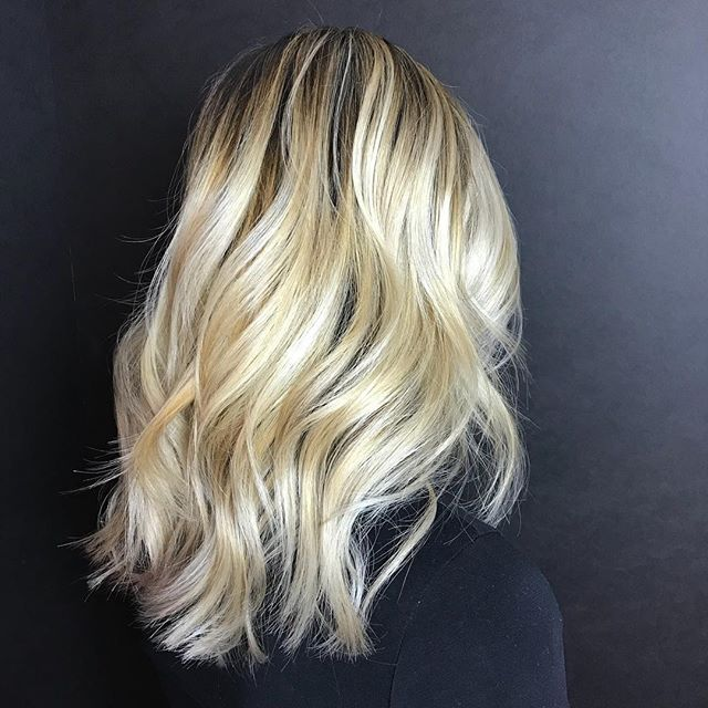 Just because it's winter doesn't mean you have to go darker. #theloftwinnipeg #winnipeghair #winnipegsalon #winnipegstylist #hairbylesliec #downtownwinnipeg