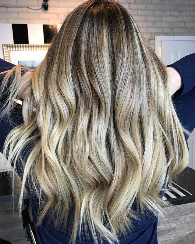 BEIGE WAVES✨ @theloftwinnipeg • • • • • • #theloftwinnipeg #winnipeg #winnipeghair #winnipeghairsalon #winnipeghairstylists #downtownwinnipeg #balayage #balayagebabe #behindthechair #hothair #hair #babe #redken #redkenshadeseq #livingproof #kerastase #winnipegsalon #hairsalon #salon #204 #balayageombre #ombre #waves #beachwaves #longhair #prettyhair #hairstyles #hairmagic #hairinspo #haircolor