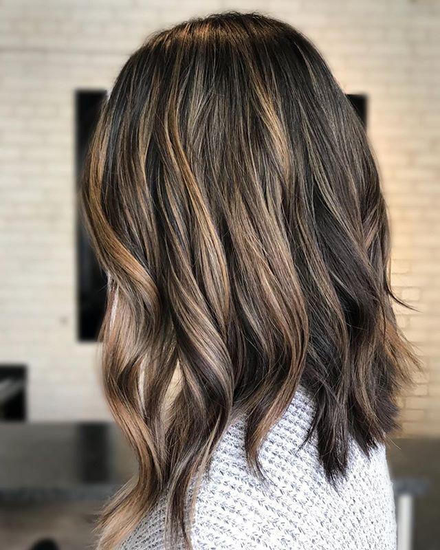 BLUNT & BRONDE. • • • • • #theloftwinnipeg #hairbyannamariem #haircolor #haircolorist #haircoloring #hairstyles #hair #haircut #hairinspiration #hairinspo #behindthechair #balayagehair #balayageombre