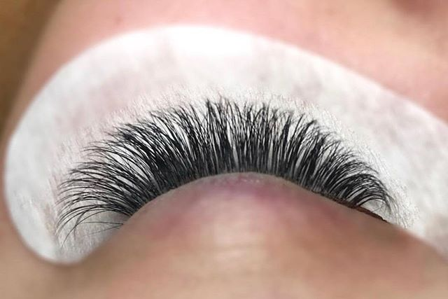 ✨ LASH GOALS by @agesthetics 📞, 📧 or schedule online 🖥 Links in bio . . . #theloftwinnipeg #winnipeg #winnipegnow #winnipegjets #wakeupready #readytogo #winnipegesthetics #winnipegsalon #winnipeglashes #winnipegblogger #beautiful #beauty #winnipeglashextensions #lashaffair #lashaffairbyjparis #lashinspo #lashinspiration #volumelashes #classiclashes #youthful #lashartist #behindthechair #behindthechair_com #modernsalon #salonmagazine #americansalon #eyelash #lashlove #nomakeup #beautyblogger