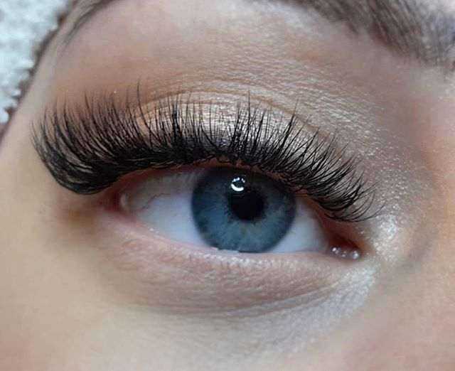 ✨ Lashes by @agesthetics 📞, 📧 or schedule online 🖥 Links in bio . . . #theloftwinnipeg #winnipeg #winnipegnow #winnipegsalon #winnipegspa #winnipegesthetician #winnipegesthetics #winnipeglashes #winnipeglashextensions #winnipeglashartist #lashes #lashextensions #wakeupready #fulleyelashes #lashinspo #lashinspiration #modernsalon #salonmagazine #finditdowntown #winnipegjets #americansalon #lash_inspo #lashinspiration #youthful #downtownwinnipeg #theforks #fashion #vanity #pretty #beautiful