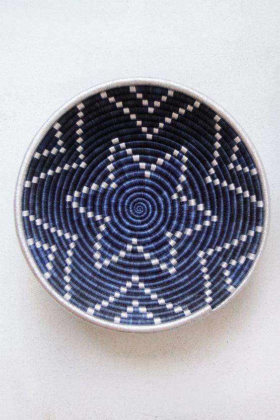Hand Woven Plateau Basket