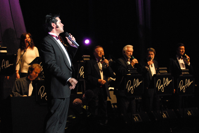 Rory Allen in concert with the Jordanaires  Photo credit: Ben Checkowy